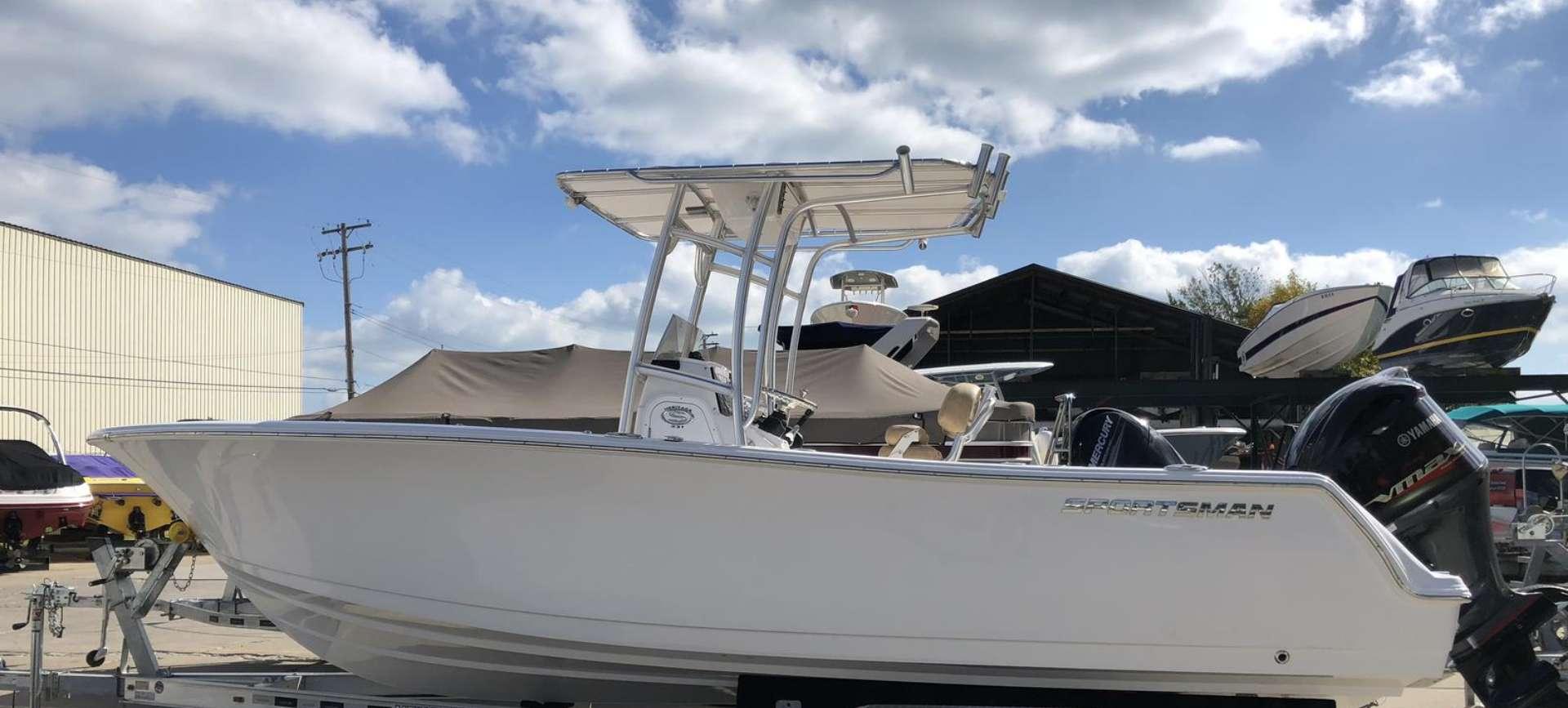 Home Hideaway Yacht Sales